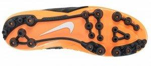 bota-de-futbol-naranja